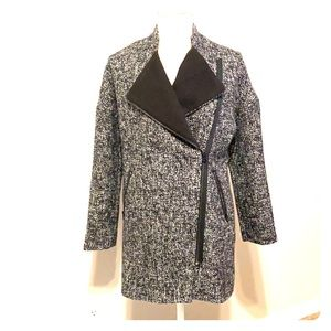 H&M black and gray winter jacket